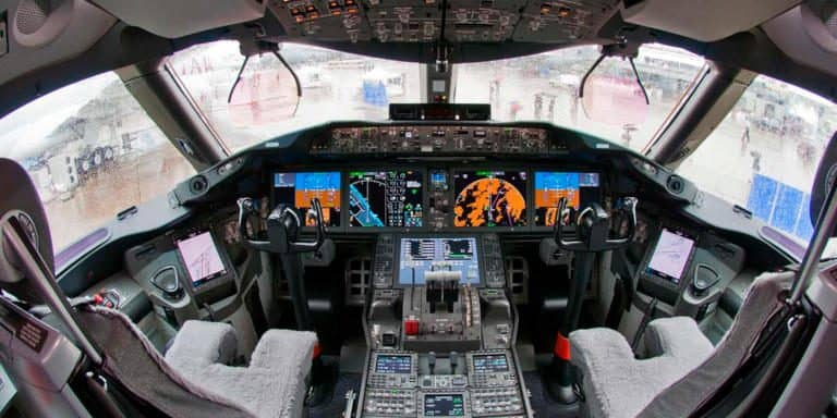 sistemas-de-control-boeing-787