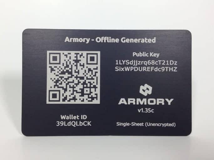 Una paper wallet de Bitcoin hecha en acero